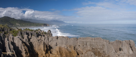 Pancake rocks @ Papaora National Park - Panorama : click to zoom !
