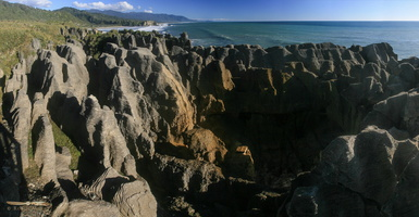 Pancakes rocks - Panorama : click to zoom !
