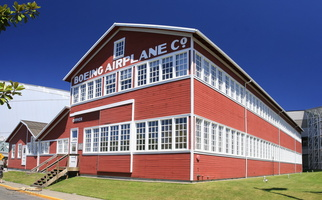 Boeing Red Barn - Click to zoom !