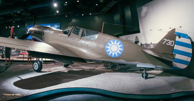 Curtiss P-40N Warhawk - Click to zoom !