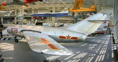 MiG-15bis (chinese built) - Click to zoom !