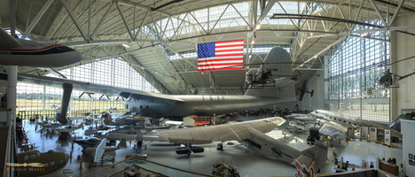 Spruce Goose building - Click to zoom !