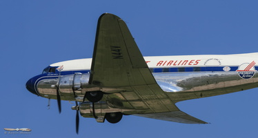 Dakota's 70th birthday : DC-3 & C-47