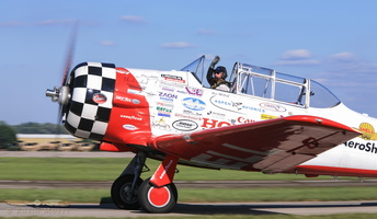 Aeroshell Team smoky T-6s