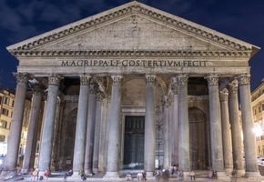 Entrance of the Pantheon at night