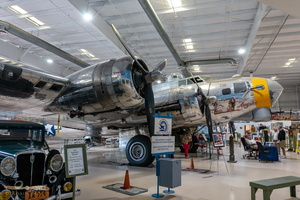 "Boeing B-17G Flying Fortress ""Angela"""