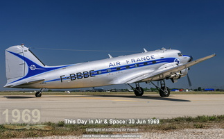 Douglas DC-3 in Air France colors - Istres, FR
